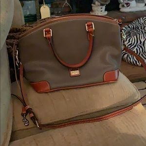 Dooney and bourke pebble grain zip zip satchel